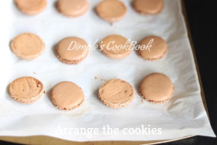 Chocolate_Macarons (14)