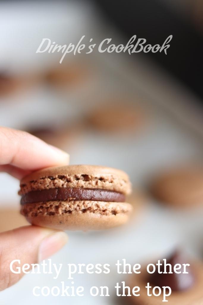 Chocolate_Macarons (17)
