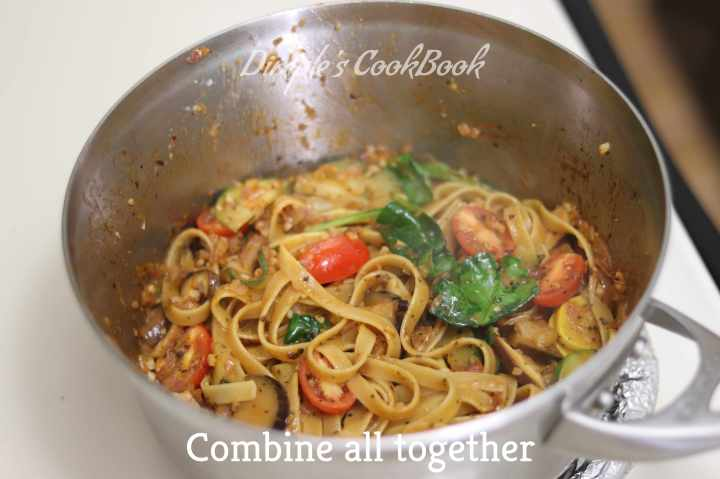Cheesy_Mushroom-Fettuccine_Pasta (19)
